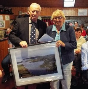 SCSC 2019 Robert and Freda with a gift from the club in recognition of their years of dedication and hard work